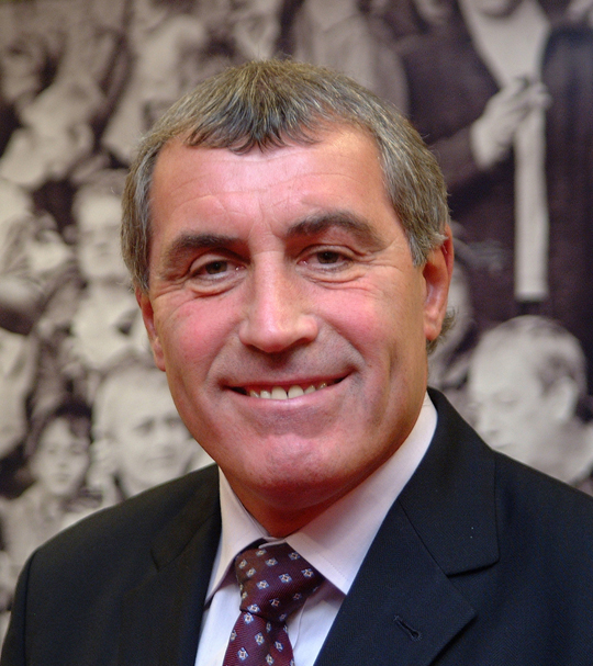 Sporting legend, Peter Shilton MBE will be hosting this year's Meat Management Industry Awards on 2nd July 2013.